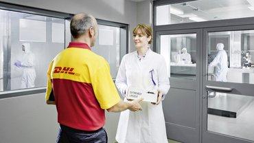 Symbolbild - Medical Delivery DHL   Presseportal 08.12.2020 – 14:03  https://www.presseportal.de/en/pm/30097/4785537