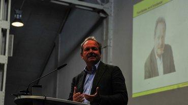 Betriebsversammlung RD 20.09.2017 Frank Bsirske am Rednerpult